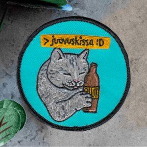 """Kuva haalarimerkistä """"Juovuskissa"""""""